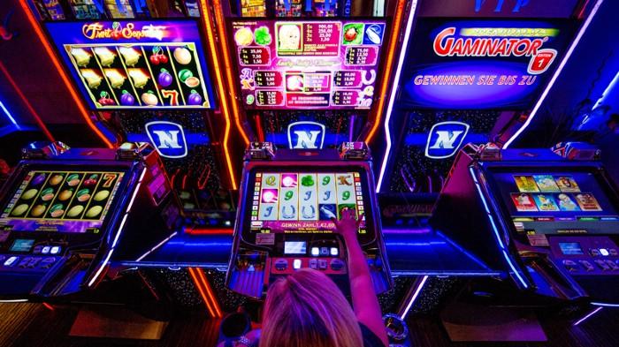 ผ่าน slot machine